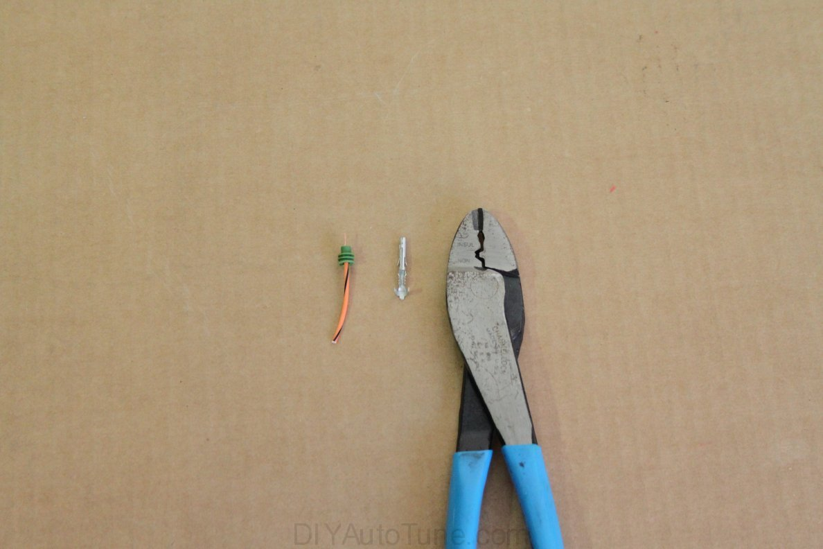 Weather Pack Kits Tag Archive Crimping Tools A Wiring And Tool Is Used To These Pliers Above Werent All That Bad Use Due The Various Shaped Areas Available Squash Terminal Inside Of